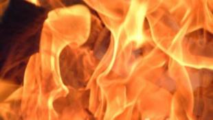 Tűz és pánik a bábszínházban!