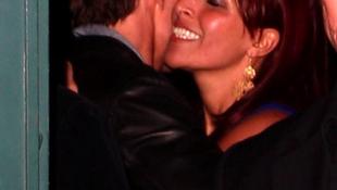 Tom Cruise idegen nővel kavart