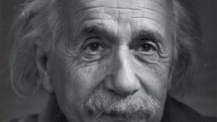 Isten és Einstein megvehető, de nem olcsó