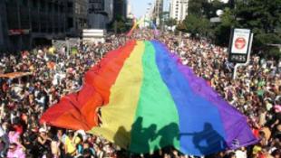 Heteroszexuális büszkeség napja is lesz