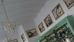 Milliós tartozások miatt bezárt Kaposvár legpatinásabb kávézója