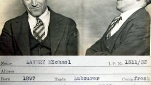 Veszélyes bűnözők mosolyognak ránk korabeli fotókról