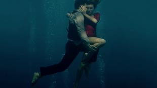 Szerelmeseket rejtett a tengerfenék