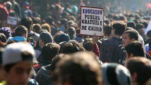 A chilei diáklázadás emlékére