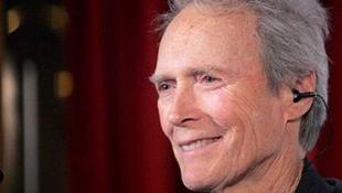 Clint Eastwood fellendíti a használtautó-kereskedést?