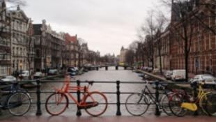Még a kanálisból is zene folyik Amszterdamban