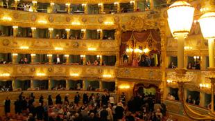 A magyarok újévi tánca Velencében