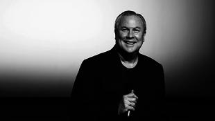 Újra Budapesten Robert Wilson, a világhírű rendező