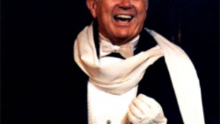 Elhunyt a legendás énekes