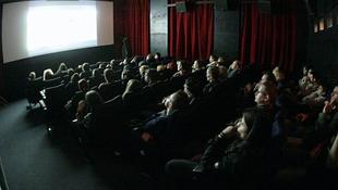 Nézhetetlen filmek fesztiválja