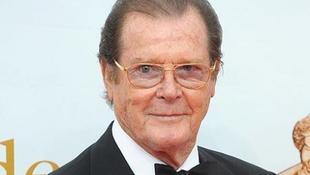 Sir Roger Moore 85 éves