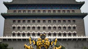 Jogi vita a Transformers körül