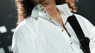 Queen plusz Rodgers: kozmikus múltidézés