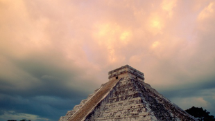 A maja piramisok titka