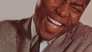 Váratlanul elhunyt a népszerű énekes