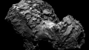 Szokatlanul sötét az üstökös magja