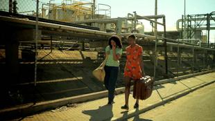 Megindító felvételek a két menekült lányról