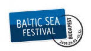 A Balti-tenger arcai Budapesten
