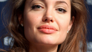 Baleset a forgatáson: megsérült Angelina Jolie!