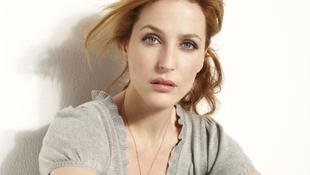 Színdarabbal tér vissza Scully ügynök