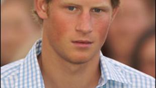Harry herceg nem teljesen normális