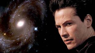 Kilövik az űrbe a hollywoodi színészt
