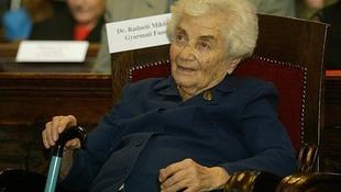 Szegényházba került Radnóti Miklós özvegye