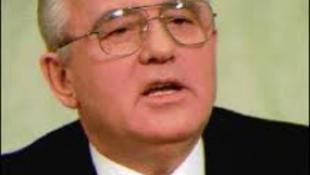Gorbacsov sztárokkal ünnepel