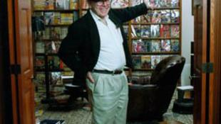 Elhunyt Frank M. Robinson