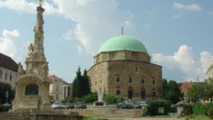 Pécs olasz segítséget kap