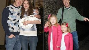 Pár órával a születése után már a fotósoknak mutogatta kislányát a sztár