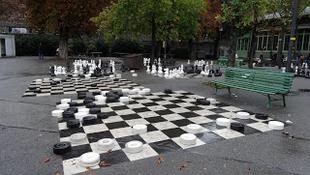 Sakkozz Prága parkjaiban!