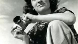 Meghalt az AP első női fotósa