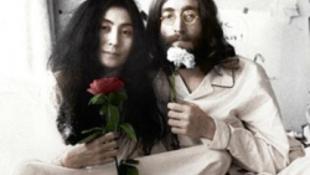 Botrány a hamisított Lennon ereklyék körül