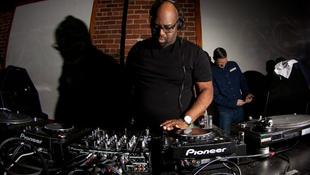 Elhunyt a legendás DJ