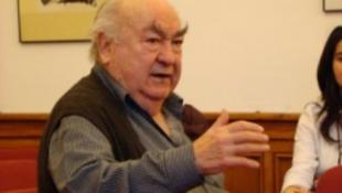 """Novák Ferenc """"Tata"""" Erdélyben tanít"""