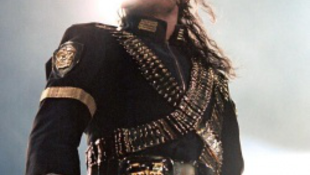 Elképesztő mennyiségű gyógyszert adtak be Michael Jacksonnak