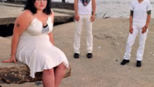 Duci-tréning szőrös hónaljjal, dance-punk kényeztetéssel
