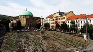 Pécs: főtéri nyomozás a kétmilliárd után