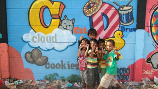 Street arttal oktatják az utcagyerekeket
