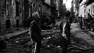 Nemzetőrök a Práter utcában