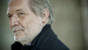 Eötvös Péter zenés színdarabja Németországban