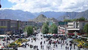 Tibetért emelnek szót Budapesten