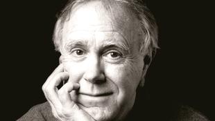 Életműdíjat kap Robert Hass