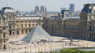 Túl sok a turista: reformot sürgetnek a vezetők