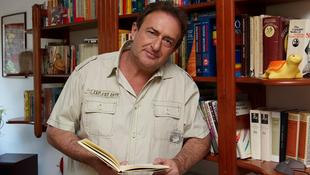 Kitüntették a magyar írót