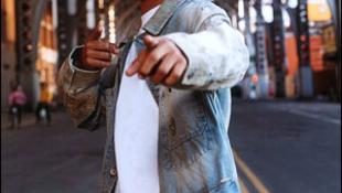 Visszalépett a jelöléstől a nőverő rapper