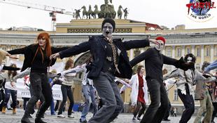 Zombik táncoltak a Thrillerre
