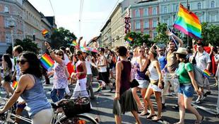 Felvonul a sokszínű Budapest