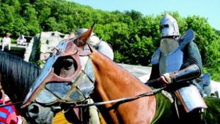 Letűnt századok vásári hangulata Visegrádon
